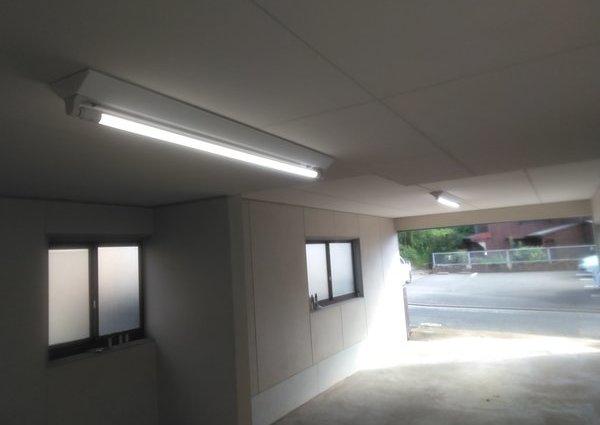 北九州市 車庫LED管バイパス工事