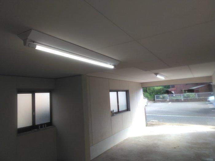 北九州市 車庫LED管バイパス工事のサムネイル